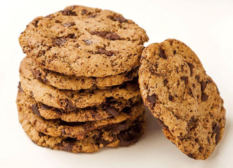 gluten-free-almond-butter-dark-chocolate-cookies