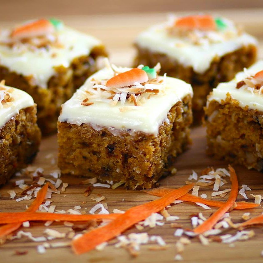 homemade-carrot-cake-with-lemon-cream-cheese-frosting