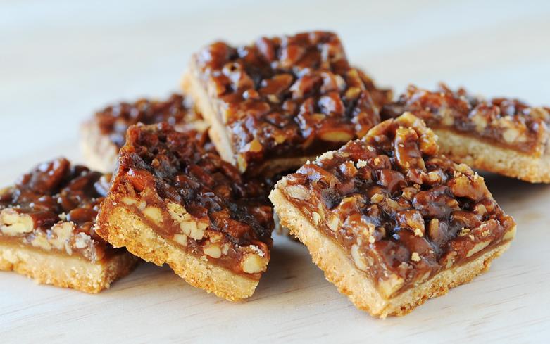 pecan-pie-brittle-bars