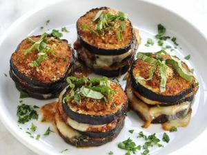 baked-eggplant-parmesan-stacks