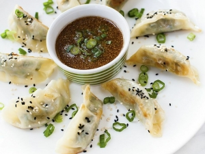chicken-and-vegetable-potstickers-with-sesame-dipping-sauce