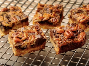 chocolate-pecan-pie-bar
