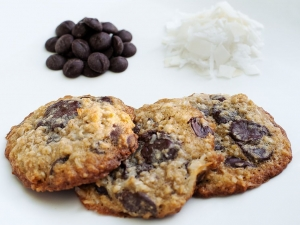 dark-chocolate-oatmeal-coconut-cookies