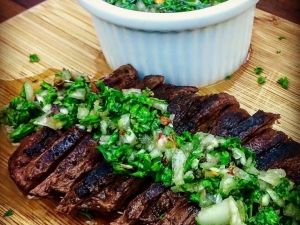 grilled-skirt-steak-with-homemade-chimichurri