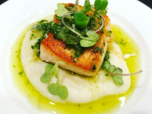 pan-seared-salmon-with-chimichurri