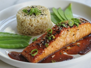 sesame-ginger-glazed-salmon