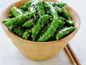 sugar-snap-peas-with-sesame-seeds